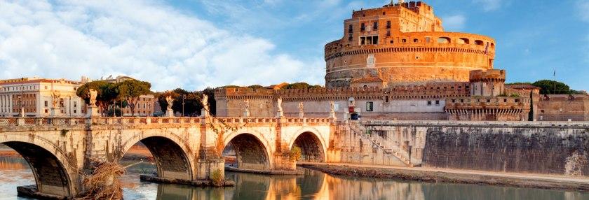 Imagen extraída de https://www.civitatis.com/es/roma/visita-castillo-sant-angelo/